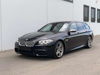 gebraucht BMW M550 5er-Reihe d xDrive Touring Aut. *NUR 50.000KM* Kombi / Family Van
