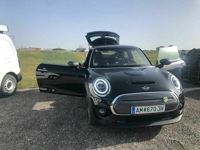 gebraucht Mini Cooper SE !!!!!zu Mieten!!!!!! ab €80-