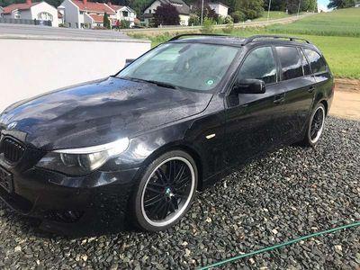 "gebraucht BMW 530 5er-Reihe E61 d M-Paket 19"" Leder Xenon Panorama Kombi / Family Van"