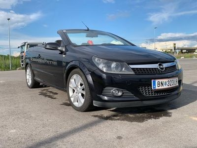 gebraucht Opel Astra Cabriolet Twin Top Cosmo 1,9 CDTI