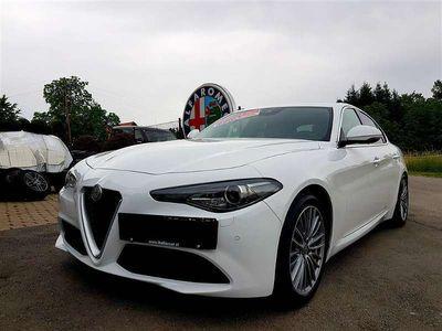 brugt Alfa Romeo Giulia SUPER 2,2 180PS AT RWD 8-GANG AUTOMATIK + SPORT-PAKET AFS ! Limousine,