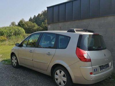 gebraucht Renault Grand Scénic Grand Senic 1,5 dCI Kombi/Family Van Kombi / Family Van