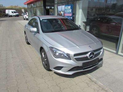gebraucht Mercedes CLA200 CLA-KlasseAut. Sportwagen / Coupé