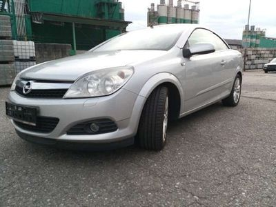 gebraucht Opel Astra Cabriolet Twin Top Edition 1,8