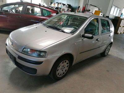 used Fiat Punto 188 1,2 Klein-/ Kompaktwagen,