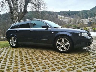 gebraucht Audi A4 A4Avant Quattro 2,5 TDI_ALCANTARA Ledersitze Kombi / Family Van