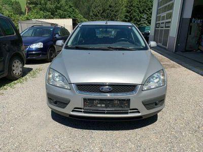 gebraucht Ford Focus 1,6TDCi Ghia