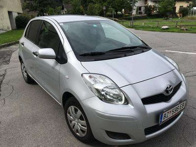 used Toyota Yaris 1,0 VVT-i Young