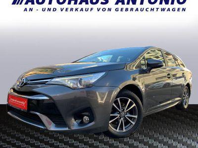 used Toyota Avensis 1,6D4-DActive*GRATIS 1JAHR GARANTIE*SOFORT-KREDIT*