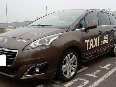 gebraucht Peugeot 5008 1,6 BlueHDi 120 EAT6 S&S Allure Kombi / Family Van