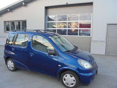 gebraucht Toyota Yaris Verso 1,3 VVT-i Sol Händlerverkauf nur an KFZ Händler Kombi / Family Van