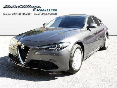gebraucht Alfa Romeo Giulia Super 2,2 180 AT RWD AE, Super, 180 PS, 4 Türen, Automatik