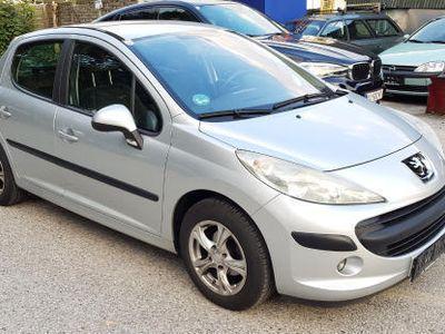 gebraucht Peugeot 207 Premium 1,4 HDi 70