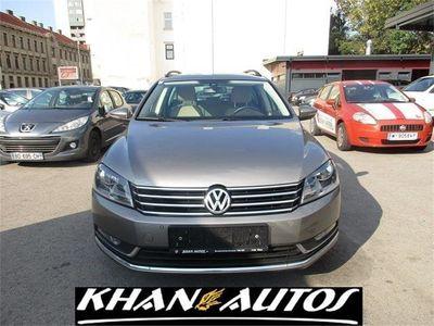 gebraucht VW Passat Variant Comfortline BMT 1,6 TDI DSG Kombi / Family Van,