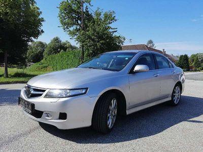 gebraucht Honda Accord 2,4 i-VTEC Executive Aut. Limousine