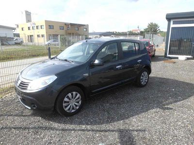 gebraucht Dacia Sandero Lauréate 1,4 MPI Klein-/ Kompaktwagen,