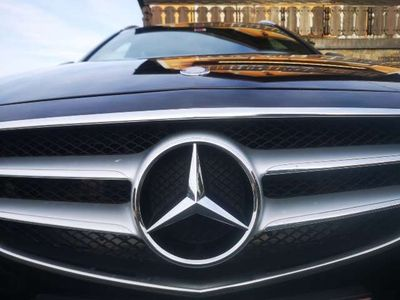 gebraucht Mercedes E350 BlueTEC 4MATIC Elegance A-Edition Plus Aut.