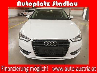 gebraucht Audi A3 Sportback 1,6 TDI Intense S-tronic LEDER NAVI *FINA... Limousine,