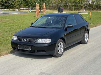 gebraucht Audi A3 1,6 Ambiente Aut.