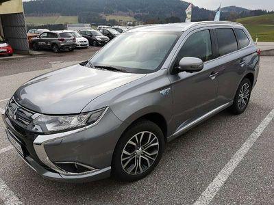 gebraucht Mitsubishi Outlander 2,0 PHEV NAVI + 360°Kamera + Lenkradheizung SUV / Geländewagen,