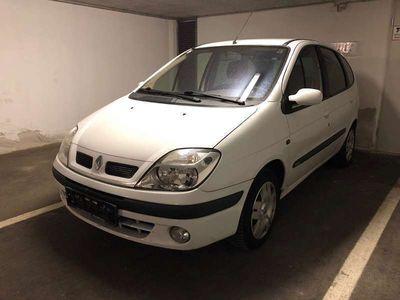 gebraucht Renault Scénic 1,6 Kombi / Family Van,
