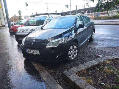 gebraucht Renault Mégane Expression 1.6 110 PS Kombi / Family Van