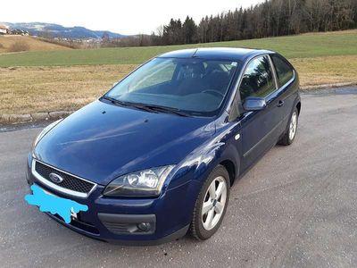 gebraucht Ford Focus 1,6 Sport Klein-/ Kompaktwagen
