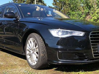 gebraucht Audi A6 TDI ultra Pano Xenon Leder Navi Kombi / Family Van