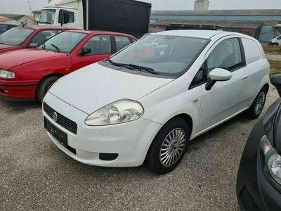 gebraucht Fiat Grande Punto 1,3 16V JTD Multijet 75 Active