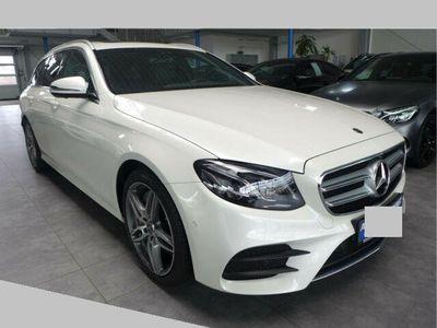 gebraucht Mercedes E400 4MATIC Aut. AMG-Line Widescreen Navi LED Kamera