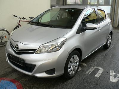 used Toyota Yaris 1,0 VVT-i Active