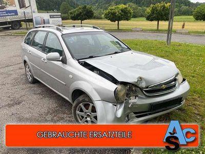 gebraucht Chevrolet Lacetti 1,6 Plus Klein-/ Kompaktwagen