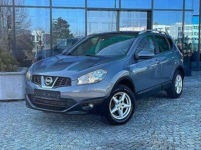 gebraucht Nissan Qashqai +2 1,5 dCi PANORAMA / AHK / NAVI / EINPARKHILFE MIT KAMERA