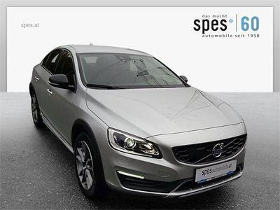 usata Volvo S60 CC D3 Momentum Aut. Limousine,