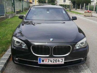 gebraucht BMW 750 7er-Reihe i Limousine