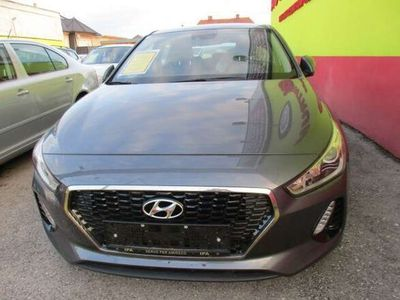 gebraucht Hyundai i30 1,6 CRDi Comfort Start/Stopp Limousine
