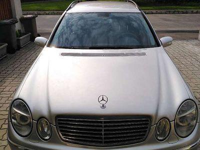 gebraucht Mercedes E270 Cdi Avantgarde Kombi / Family Van