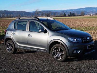 gebraucht Dacia Sandero Stepway Sensation TCe 90 S&S Klein-/ Kompaktwagen