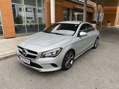 gebraucht Mercedes CLA180 CLA-KlasseNAVI*URBAN*Leder Sportwagen / Coupé