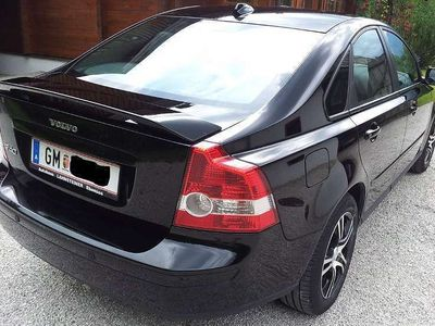 usata Volvo S40 2,4 Kinetic Aut. Geartronic Limousine,