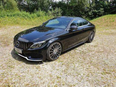 gebraucht Mercedes 180 C-Klasse Coupe AMG, LED, Aut., 20Zoll Sportwagen / Coupé