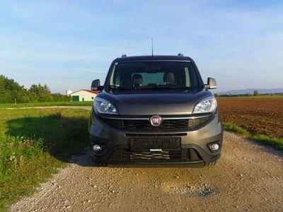 gebraucht Fiat Doblò 1,6 MultiJet 95 Lounge Start
