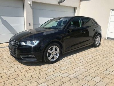 gebraucht Audi A3 Sportback 2,0 TDI/1. Besitz/Navi/AHK Limousine,