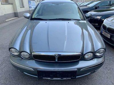 gebraucht Jaguar X-type 2,5 V6 Executive Estate Aut. Kombi / Family Van