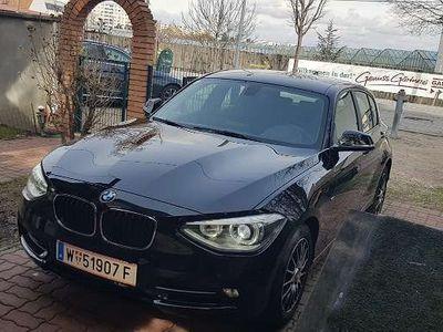 gebraucht BMW 116 1er-Reihe i Sport, Bi-Xenon, Österreich-Paket Klein-/ Kompaktwagen