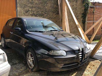 gebraucht Alfa Romeo 147 1.9 Klein-/ Kompaktwagen
