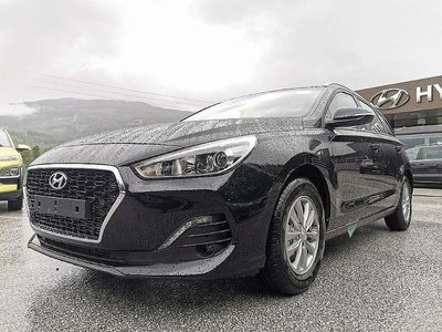 gebraucht Hyundai i30 CW 1,6 CRDi Level 3 Kombi / Family Van