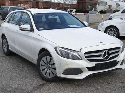 gebraucht Mercedes C200 C-Klasse Limousine T 9G-DCT LED Nav ParkAssist Te