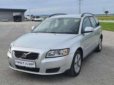 gebraucht Volvo V50 1,6 D Kinetic Drive Start/Stop Kombi / Family Van