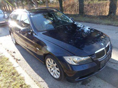 gebraucht BMW 325 3er-Reihe d Touring Österreich-Paket Aut. Kombi / Family Van